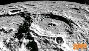 """月球背面之谜 发现美""""二战""""失踪轰炸机"""