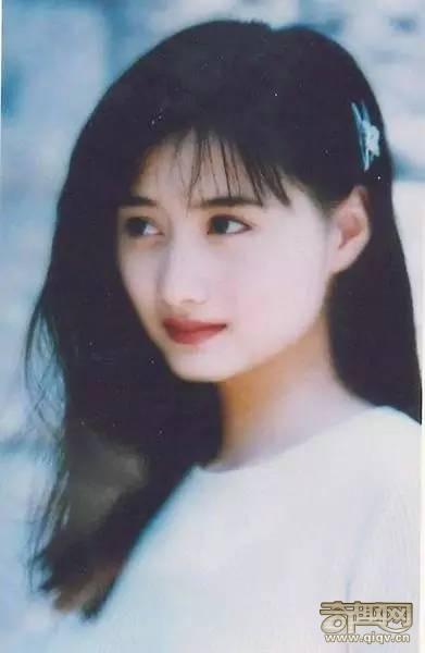 她在琼瑶剧里被惊为天人,美过范冰冰赵薇,终嫁入地产豪门!