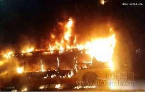广州公交车爆炸 2死32伤